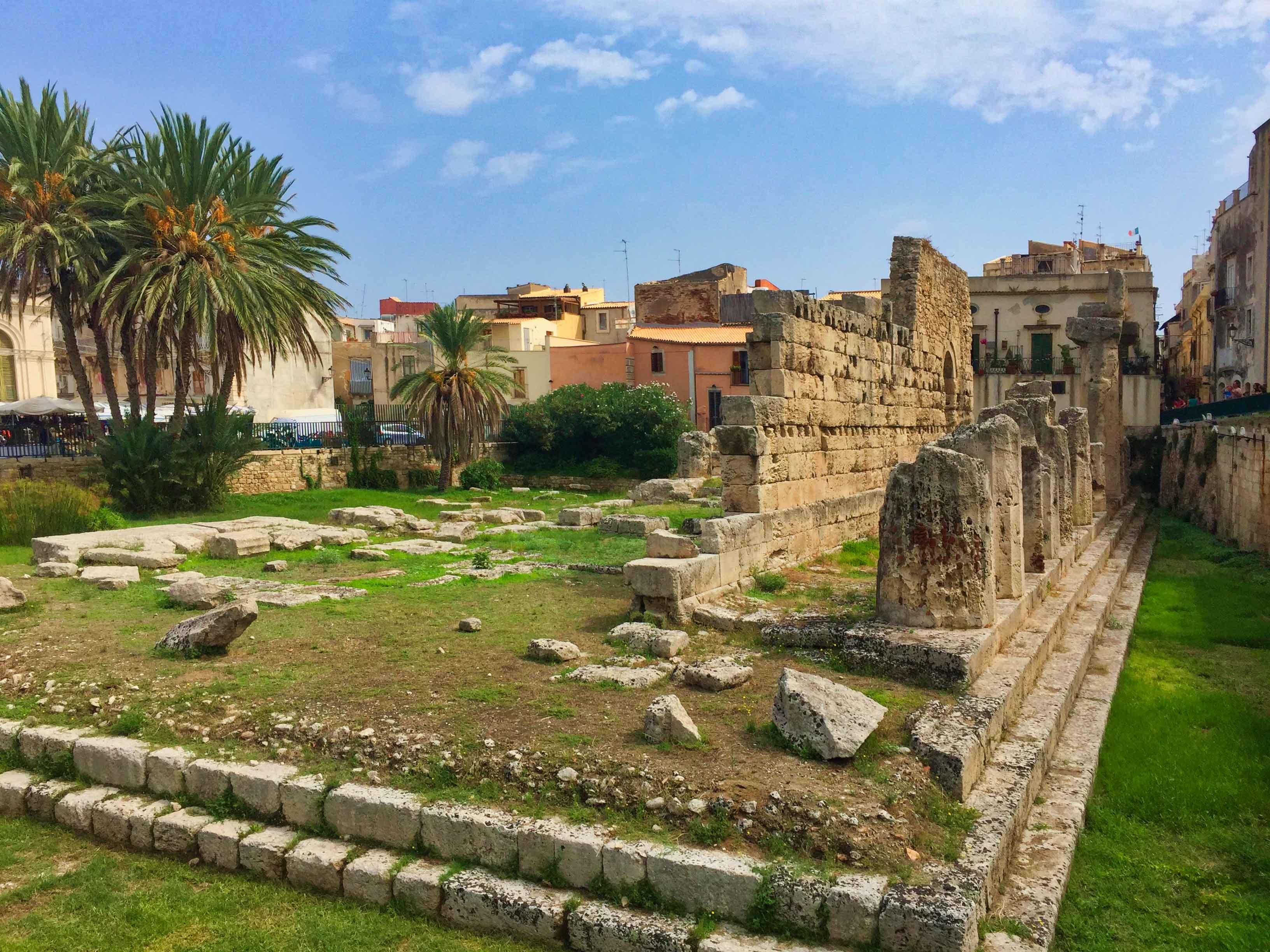 Ortigia - Temple of Apollo